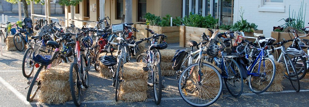 R2W bike parking at the event 15 Oct 2014 WEB